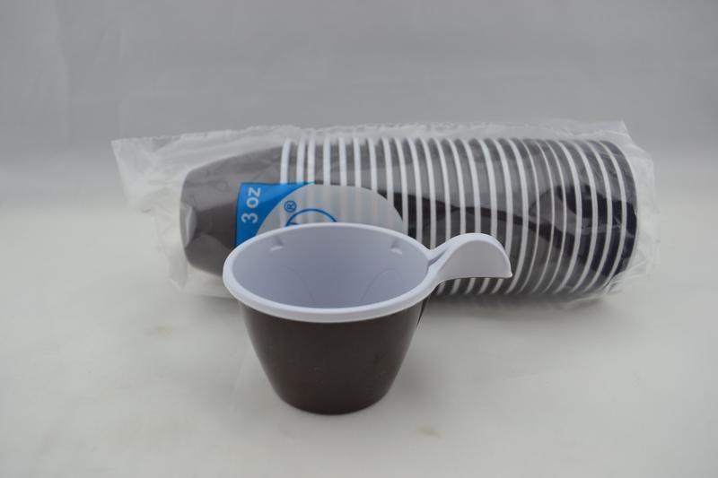 Műanyag pohár 1 dl barna füles (24 db/csomag)